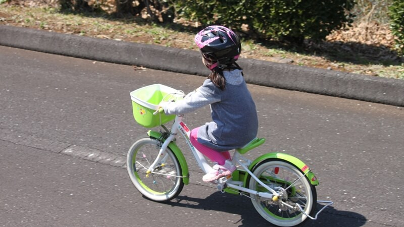 子供が自転車に10分で乗れるようになった教え方